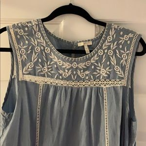 Joie chambray blue and white dress size M
